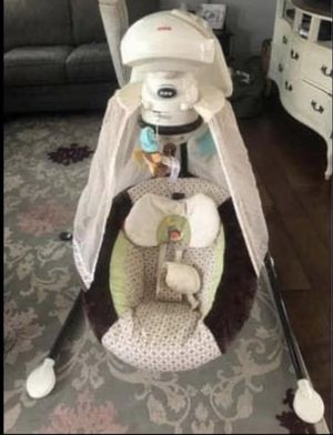 Fisher Price Snuggle Puppy 6 Speed Swing for Sale in Imperial Beach, CA