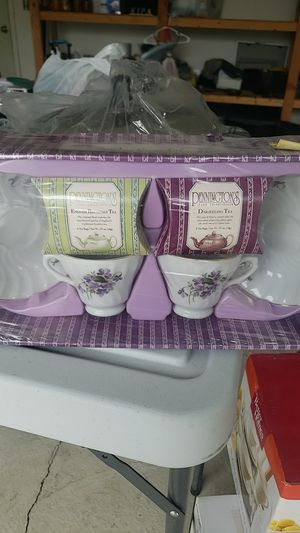 Tea cup and saucer set FREE for Sale in Silverton, OR