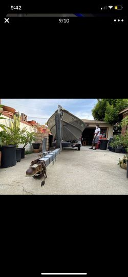 14ft Aluminum Valco Fishing Boat for Sale in Bradbury,  CA