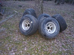 Selling these rims for a Toyota Tacoma ,Ford runner and Chevy Silverado for Sale in Elkridge, MD