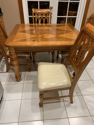 Dining table set W / 4 chairs. for Sale in Miami, FL