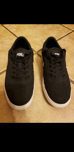 Boys Nike SB Check Canvas GS Youth's Skate Shoes for Sale in San Antonio, TX