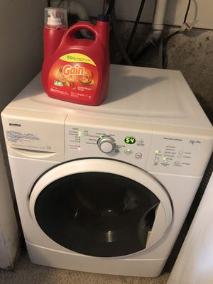 Kenmore White Frontload Stackable Super Capacity Washer He for Sale in Lake Tapps, WA