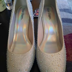 Sparkling Silver Heels for Sale in Murfreesboro, TN
