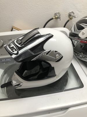 Large great condition helmet for Sale in El Centro, CA