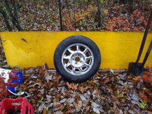 275 60 16 radial tires and GM 8th wide aluminum. Wheels for Sale in Rolla, MO