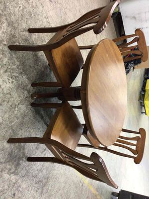 Dining table set 5 pieces for Sale in Miami, FL