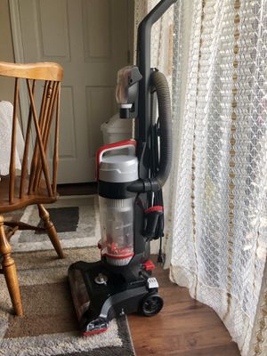 Bissell power-force vacuum for Sale in St. Louis, MO