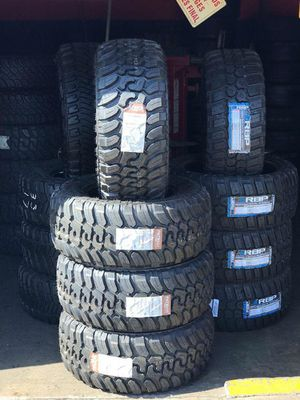 Patriot tires 33/12.50r17 for Sale in Long Beach, CA