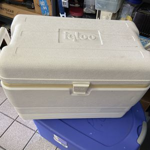 Igloo Boat Cooler for Sale in Boca Raton, FL