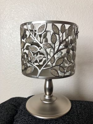 Dogwood Pedestal 3-wick candle holder from Bath & Body Works for Sale in Rancho Cucamonga, CA