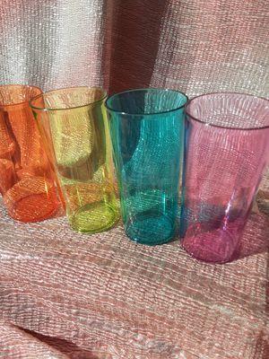 Vasos fiesteros tupperware $15 for Sale in Santa Ana, CA