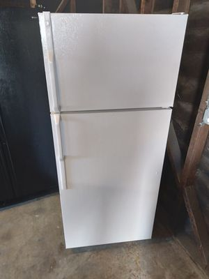 Refrigerator 28x65 for Sale in Downey, CA