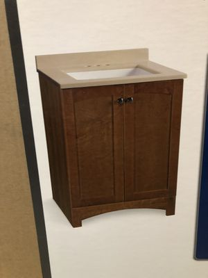 """Gorgeous 24"""" vanity with top in beautiful Chestnut finish for Sale in Glendale, AZ"""