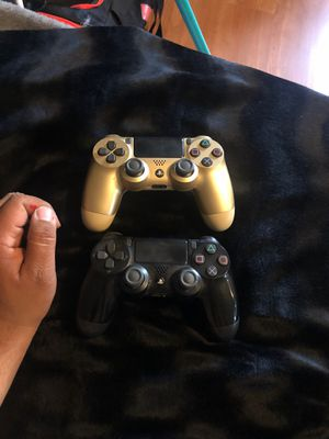 Ps4 remotes for Sale in Fresno, CA