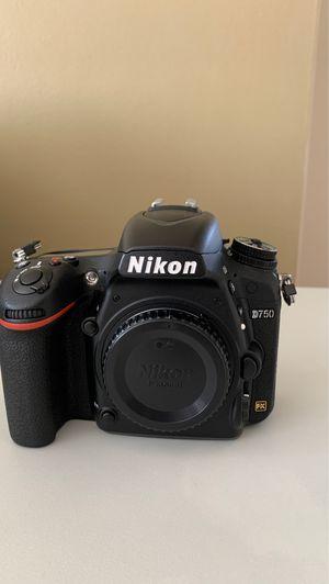 Nikon D750 for Sale in Elmwood Park, IL