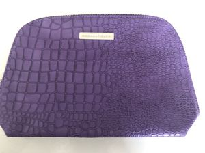 Rodan and Fields Brand New Purple Crocodile Print Makeup Bag for Sale in Plano, TX