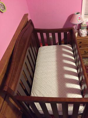 Crib with a Sealy posturemattress for Sale in Arlington, VA
