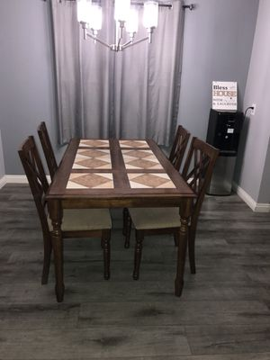 Kitchen Dining Table Set for Sale in La Mirada, CA