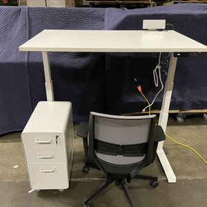 🛑💢❤️48x30 Standing desk! Electric Height Adjustable Table! Ask about Bundle deals!❤️💢🛑 for Sale in Seattle, WA