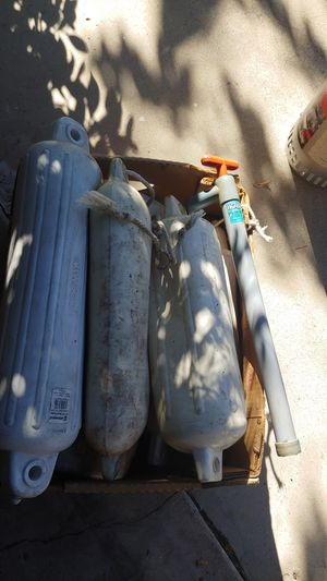 5 Boat bumpers and bilge pump for Sale in San Diego, CA