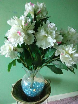 Silk Flower Arrangement in Glass Vase for Sale in Washington, DC