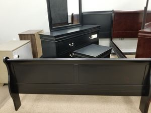 NEW! Louis Philippe Queen Bedroom - Black (Available in all sizes. 5 Colors to choose from) for Sale in Clayton, NC
