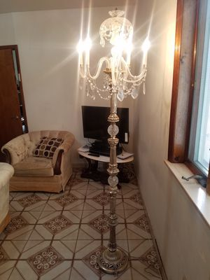 Large floor chandelier for Sale in Brooklyn, NY