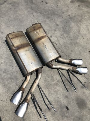 2014 Mercedes G550 W463 OEM Pair mufflers with chrome tips for Sale in Rialto, CA