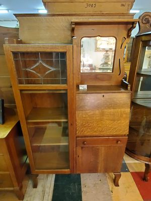 Antique Oak Side By Side Secretary Desk With Beveled Lead Glass and Key for Sale in Bechtelsville, PA