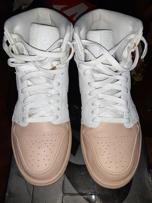 Size 10.5 women's/8.5 mens Jordan retro 1 mid Og half box for Sale in Everett, WA