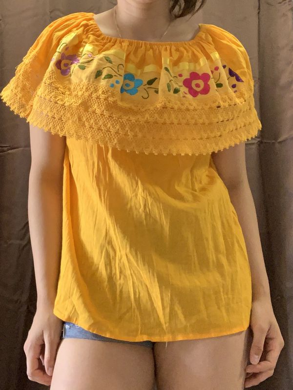 Mexican Off the shoulder blouse (M)