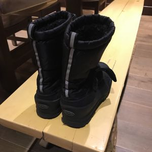 Kids Snow Boots - North side Size 6 for Sale in Ladera Ranch, CA