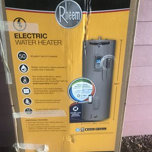 Semi- new Electric Water Heater for Sale in Dallas, TX