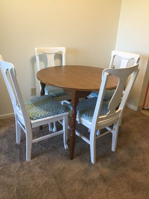 Dining room set for Sale in Lake City, MI