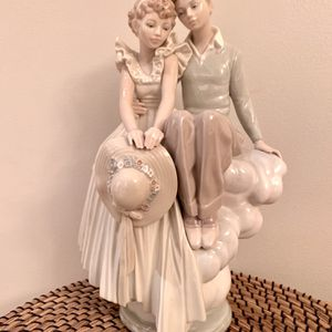 Authentic Lladro Young Love Figurine collectible for Sale in Portland, OR