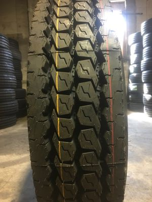 295 75 22.5 drive 16 ply for Sale in Pennsville, NJ