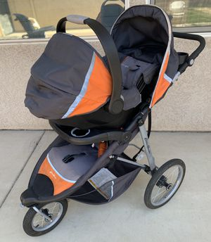 Eddie Bauer TrailGuide Jogger - Stroller & Car Seat for Sale in Visalia, CA