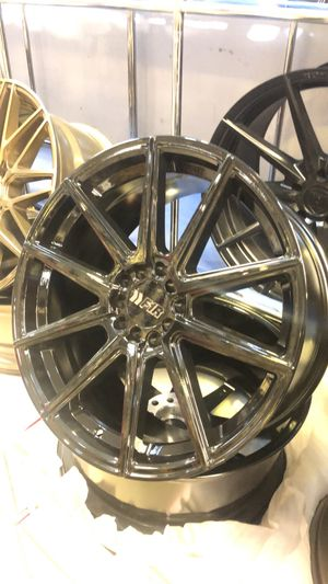 "F1Rs 18"" 5 lug universal for Sale in Cicero, IL"