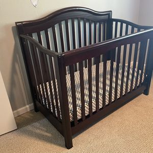 Crib For Sale(mattress not Included) for Sale in Walnut Creek, CA