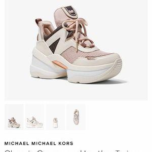 Michael Kors Women Shoe for Sale in Moore, OK