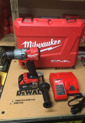 M18 Fuel 18-Volt Lithium-Ion Brushless Cordless 1/2 in. Hammer Drill Driver Kit with One 4.0Ah Batterie and Hard Case for Sale in Fontana, CA