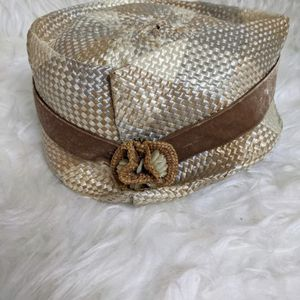 1940s Vintage Women's Hat with Original Box for Sale in Seattle, WA