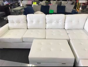 #Heights White Faux Leather Reversible Sectional with Storage Ottoman➡️Seccional,Couch,Sofa for Sale in Houston, TX