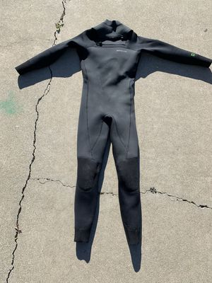 Men's Patagonia Fullsuit Size M for Sale in San Diego, CA