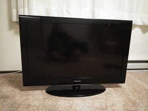 """TV Samsung 40."""" for Sale in Everett, WA"""