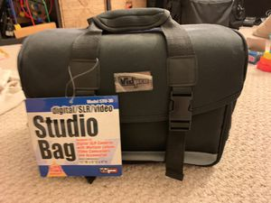 Studio bag brand new has all equipment inside perfect condition. For cameras * for Sale in Burlingame, CA