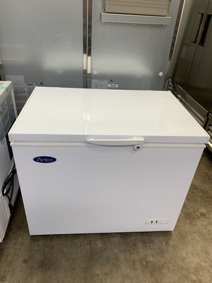 Chest freezer for Sale in Houston, TX