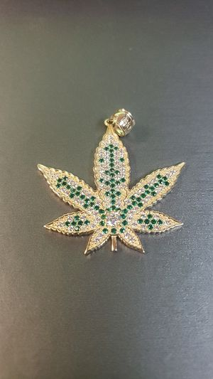14k Yellow Gold Pendant for Sale in Fresno, CA