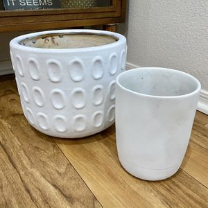 """Plant Pots - Painted white - 9"""" X 10"""" - 7"""" X 5.5"""" for Sale in Chandler, AZ"""